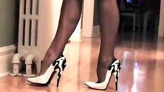 Grey Stockings In Black And Milky Footwear