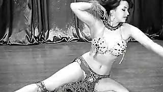 Hot Belly Dancing Model