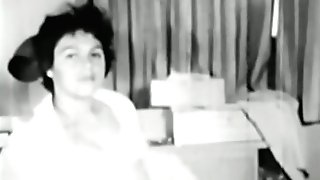 Glamour Nudes 578 1960's - Scene 7